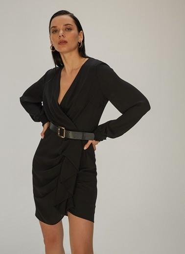 NGSTYLE Kruvaze Yaka Krep Elbise Siyah